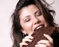 eating-chocolate-bar